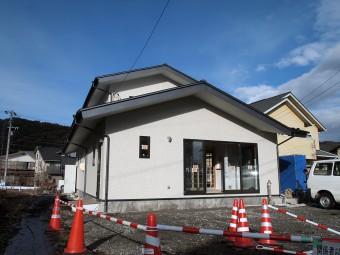サイト新築住宅外観_岡谷市サイト
